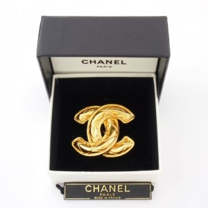 Chanel Logo Brooch 1